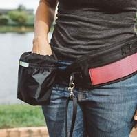 Produto Porta petiscos Walk para uso na cintura para treino de cães