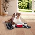 Tapete em forma de osso para cães com fundo impermeável